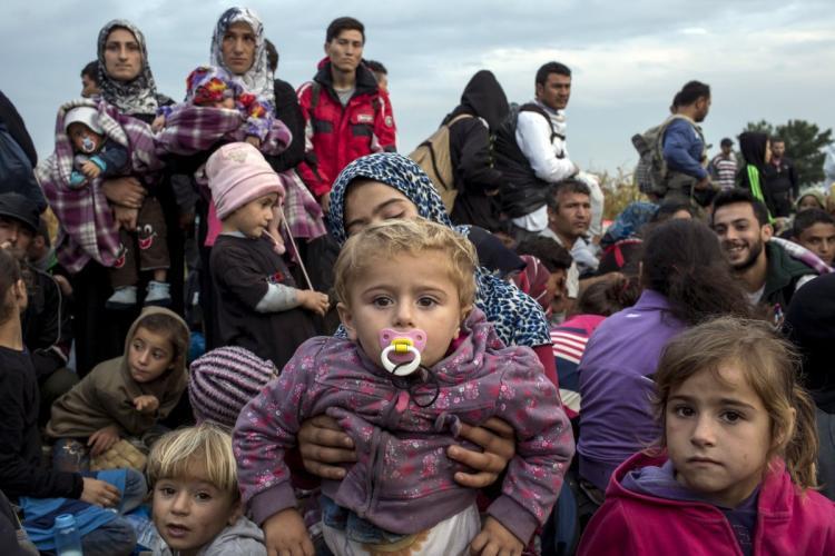 Διαμονή προσφύγων και μεταναστών στο κτήριο που στεγάζεται ο 2ος Πυροσβεστικός Σταθμός Ιωαννίνων.