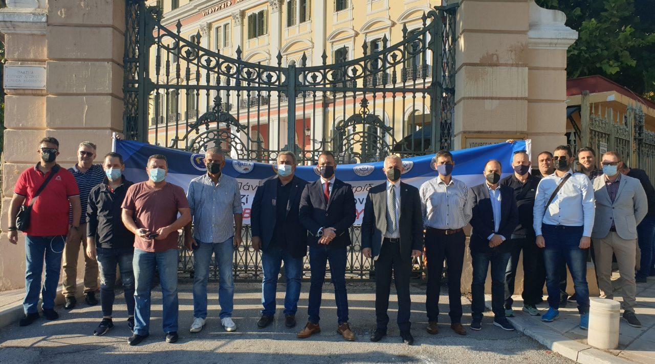 Κατάθεση Υπομνήματος Ομοσπονδιών στο γραφείου του Υφυπουργού Μακεδονίας – Θράκης κ. Σταύρου ΚΑΛΑΦΑΤΗ.